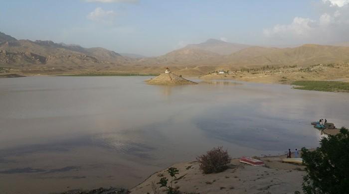 خشک سالی سے متاثرہ کوئٹہ کی ہنہ جھیل پانی سے بھر گئی