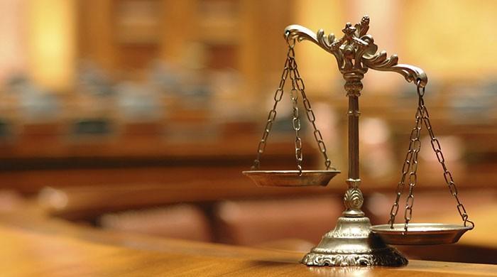 انصاف کی قیمت ادا کون کرےگا؟