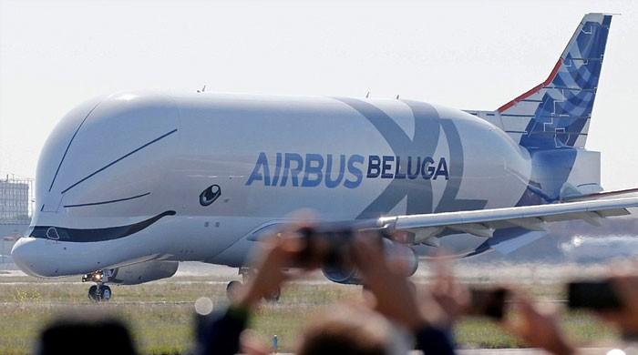 ہیوی مشینری لے جانے والے 'بیلوگا ایکس ایل' کارگو جہاز کی کامیاب پرواز