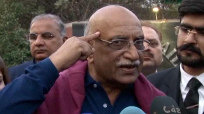 'نیب سعد رفیق کے خلاف ثبوت چاہتی ہے، گرفتار ملزمان پر تشدد کیا جاتا ہے'