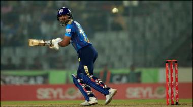 Bpl Final Dhaka Ka Rajshahi Ko Jeet Ky Ly 160 Runs Ka Hadf