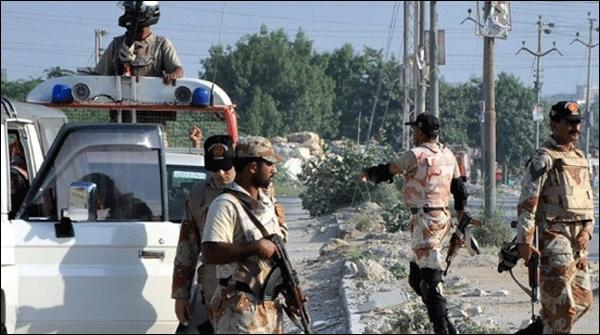Karachi Rangers Aur Police Say Muqabloo May 27 Dehshat Gard Halak