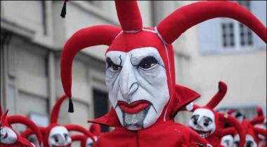 Switzerland May Ranga Rang Salana Carnaval Ka Aghaz