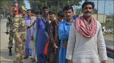 India Released 39 Pakistani Prisoners Handed Over To Pakistani Authrities
