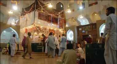 Dargah Lal Shehbaz Qalander Ki Intazamia Bijli Chori Karwati Rahi Wizarat E Bijli