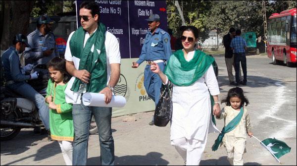 پاکستان جیت گیا، دشمن ہار گیا