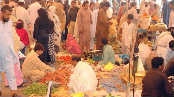 لاہور کے اتوار بازاروں میں پنجاب فوڈ اتھارٹی کے چھاپے