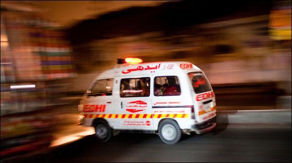 نوشہرہ میں فائرنگ، 4 افراد جاں بحق، ملزمان فرار