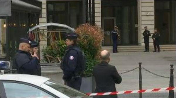 پیرس: فنانشل پراسیکیوٹر کے دفتر میں بم کی اطلاع ، عمارت خالی
