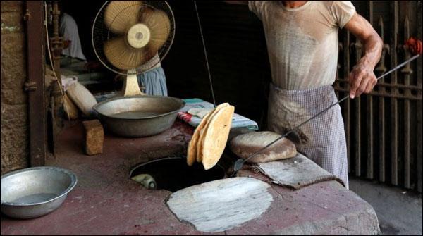 حیدرآباد: تپتی ہوا، آگ اگلتے سورج نے زندگی اجیرن کر دی