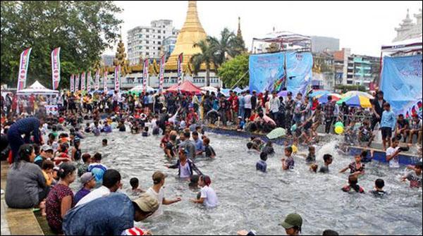 میانمار: واٹر فیسٹول خونی بن گیا، 285 افراد ہلاک