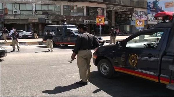کراچی:  پولیس آپریشن میں مشکوک افراد کی بائیو میٹرک سے تصدیق