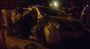 Karachi Azizabad Mein Nashay Mein Dhut Shakhs Ne Car Shehriyon Par Charha Di