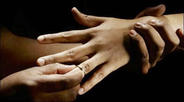 برطانیہ:پاکستانیوں میں جبری شادیاں سب سے زیادہ