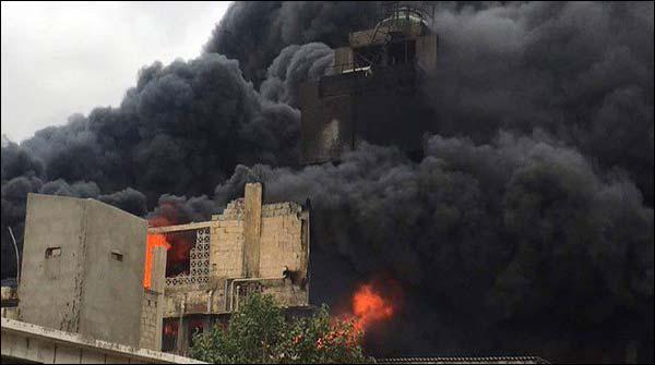 کراچی: کئی گھنٹے بعد بھی فیکٹری کی آگ قابو سے باہر