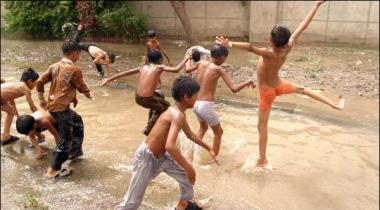 Sindh Punjab Balochistan Main Garmi Ki Shiddat Barqarar