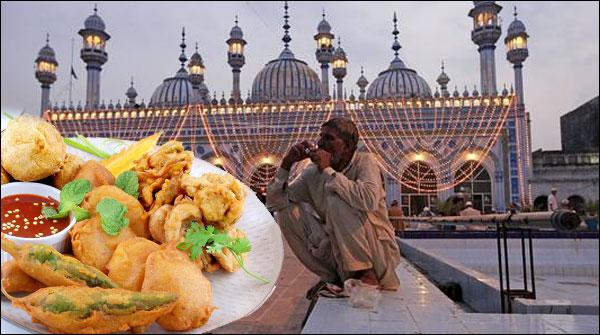 میرے بچپن کے رمضان، بیٹھے بیٹھائے یوں ہی یاد آ گئے