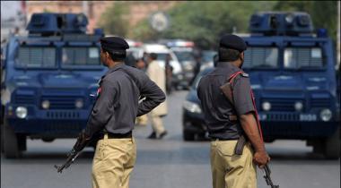 Karachi Key Shehrion Sey 11 Roz Mein Street Crime Ki 22 Wardaten