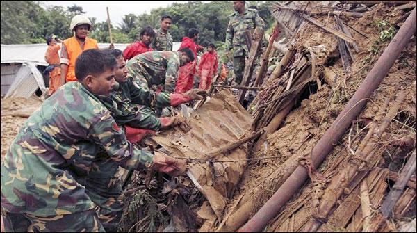 بنگلہ دیش:مٹی کے تودے گر نے سے ہلاکتوں کی تعداد60ہو گئی