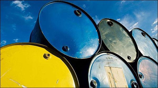 عالمی مارکیٹ میں خام تیل کی قیمت میں کمی