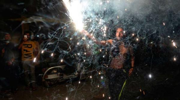 پاکستان کی تاریخی فتح پر مقبوضہ کشمیر میں جشن