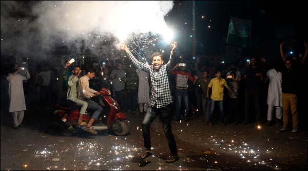 پاکستان کی جیت پر مقبوضہ کشمیر میں بھی جشن