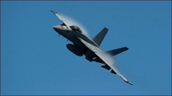 شام: امریکی اتحاد نے شامی لڑاکا طیارہ مار گرایا