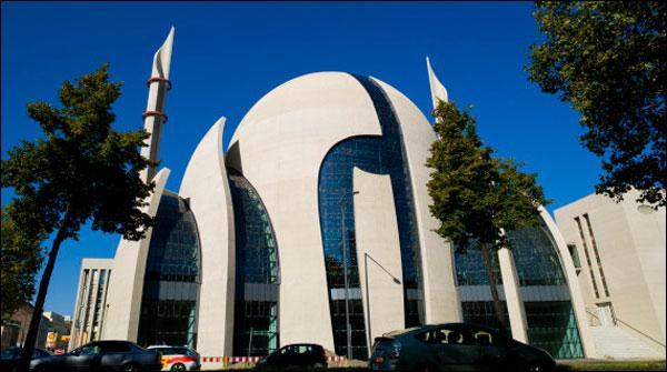 جرمنی میں جدید طرز تعمیر پر بنی خوبصورت مسجد