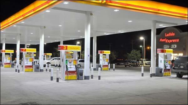 کراچی: شیل کے پمپس پر ایندھن کی فراہمی میں کمی کا سامنا