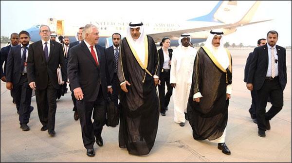 امریکی سیکرٹری خارجہ خلیجی تنازع کے حل کیلئے دوبارہ دوحہ پہنچ گئے