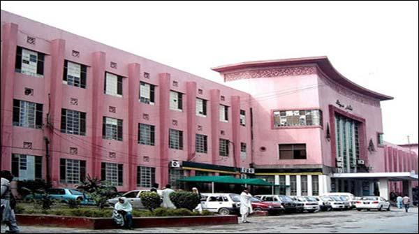 Multan Ke Nishtar Hospital Mae Ek Baar Phir Aatishzadgi