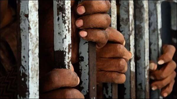 کراچی، اورنگی سے 2ٹارگٹ کلرز سمیت 5ملزمان گرفتار