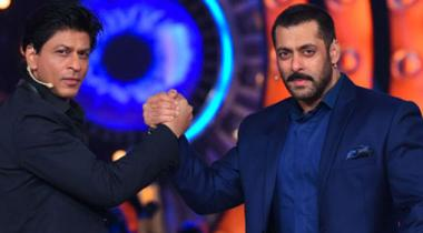 Bollywoodbuzz Salman Gifts E Cycles To Srk And Kids