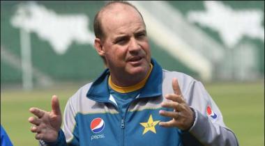 Head Coach Mickey Arthur Barasta Dubai Lahore Pohanch Gaye