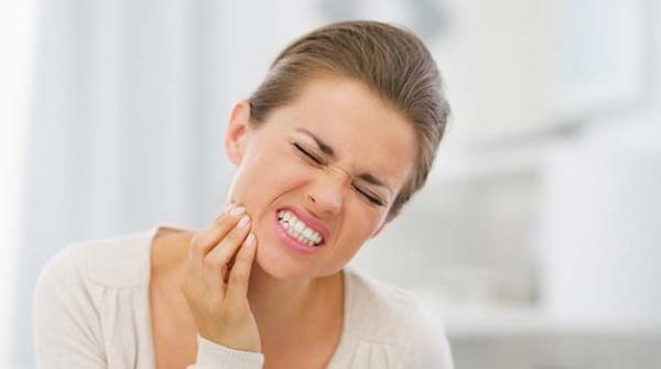 دانتوں اور مسوڑھوں کی تکلیف سے بچنے کے نسخے