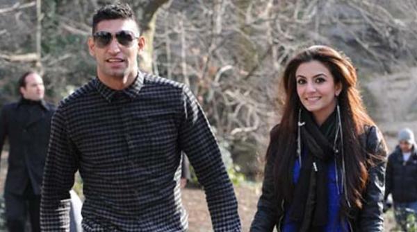 عامر خان نے اہلیہ فریال مخدوم کو طلاق دے دی
