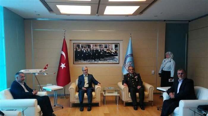 ایرانی اور ترک فوجی سربراہان کا شامی بحران پر تبادلہ خیال