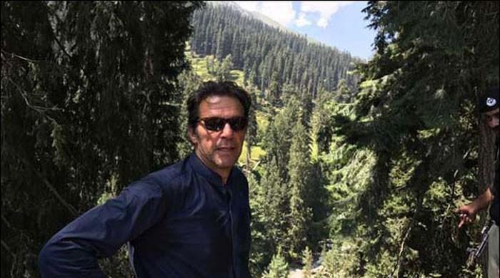 عمران خان کا کاغان میں ماہ نور ویلی کا دورہ