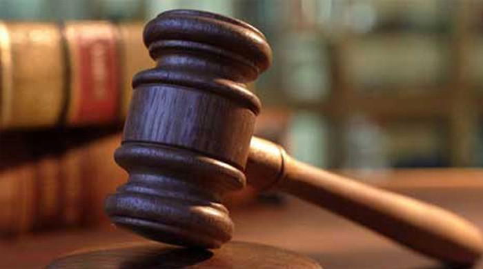بھارتی عدالت نے ٹوائلٹ نہ ہونے پر خاتون کے حق میں فیصلہ سنا دیا