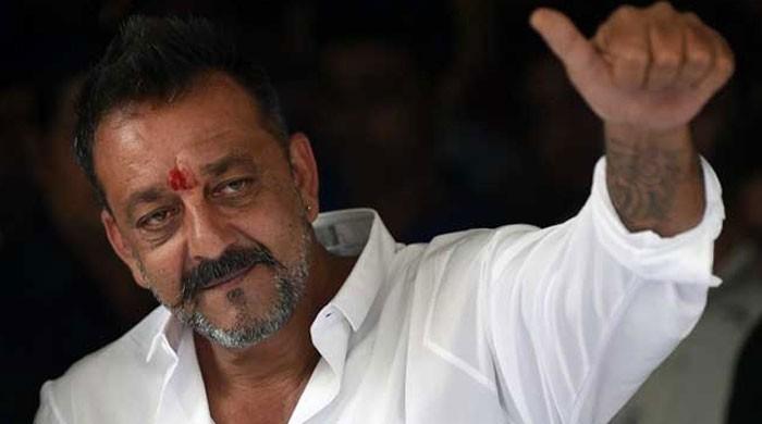 سنجے دت نے اپنی زندگی پر بننے والی فلم کا بھاری معاوضہ طلب کرلیا