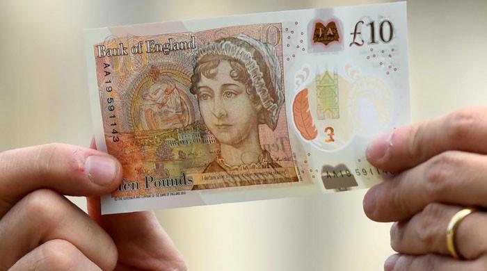 برطانیہ میں 10 پاؤنڈ کا پلاسٹک نوٹ جاری
