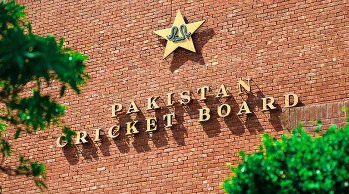 لاہور ہائیکورٹ نے پی سی بی سے انکم ٹیکس وصولی کے نوٹسز پر عملدرآمد روک دیا