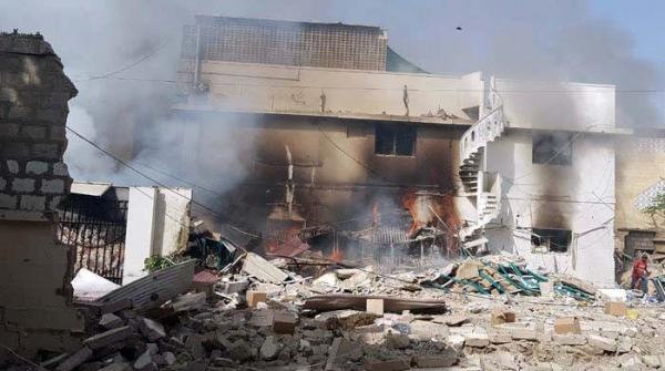 کراچی: نرسری کے قریب کاسمیٹکس کے گودام میں دھماکا، ایک شخص جاں بحق