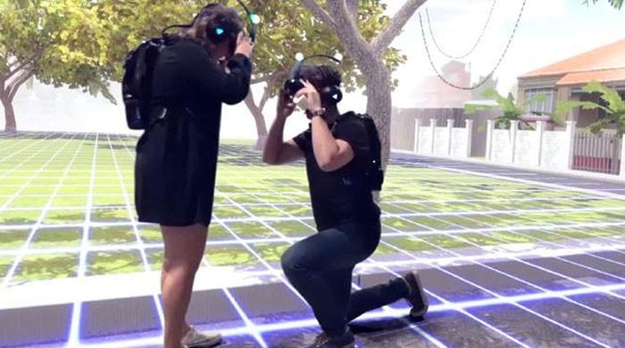 آسٹریلوی نوجوان کا شادی کیلئے ورچوئل پروپوزل کا انتخاب