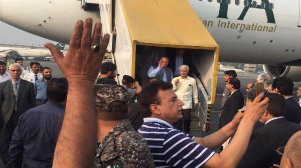 نواز شریف نے پاکستان واپسی کا فیصلہ کیوں کیا ؟