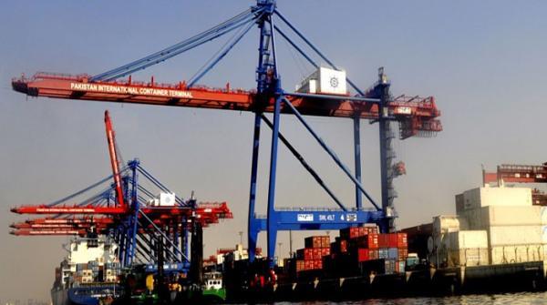 'پاکستانیوں نے 14 سال میں 480 ارب ڈالر کی اشیا خریدیں'