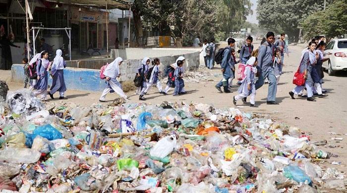 چینی کمپنیوں کو ٹھیکا دینے کے باوجود کراچی کا کچرا جوں کا توں