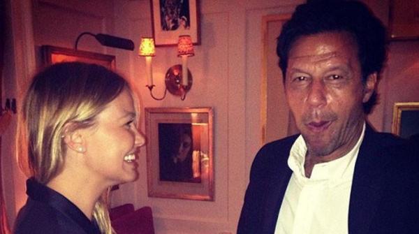 عمران خان اور جھوٹی ٹویٹس