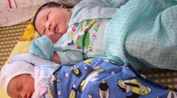 سات کلو وزنی بچے کی پیدائش پر لوگ حیران