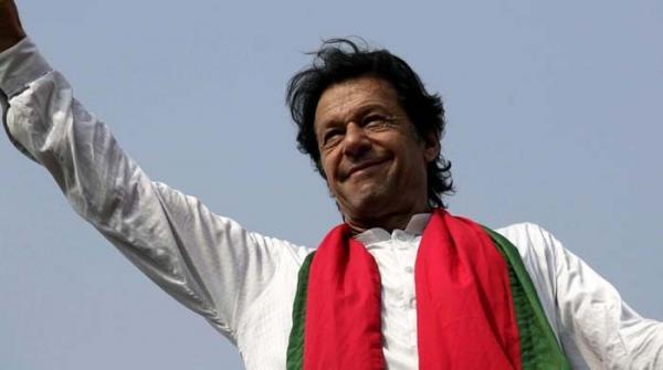 عمران خان نے الیکشن کمیشن کے ناقابل ضمانت وارنٹ چیلنج کردیئے